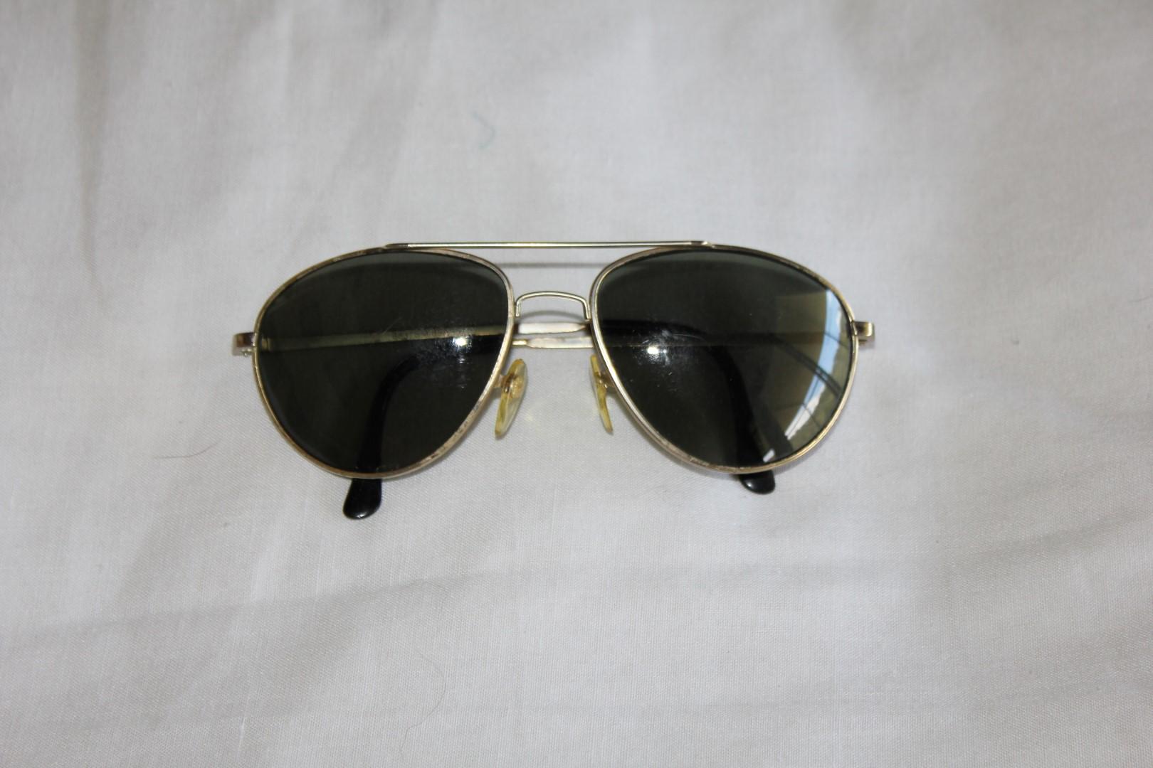 aviator glasses gold frame