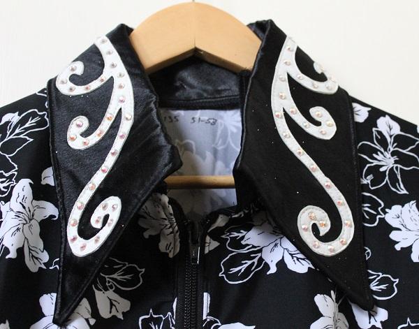 black lycra white flowers collar