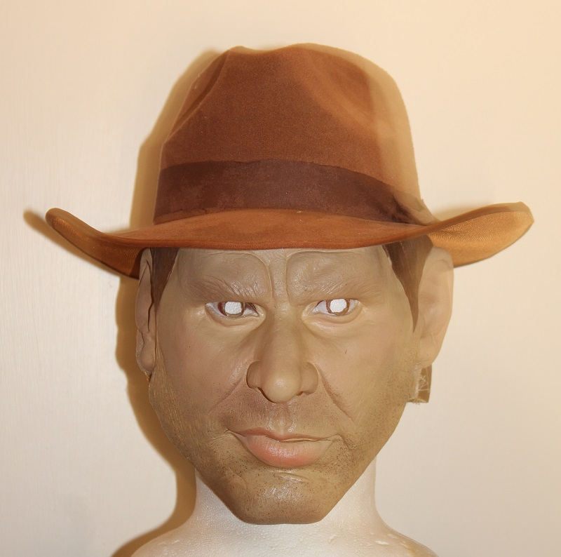 Indiana mask and hat